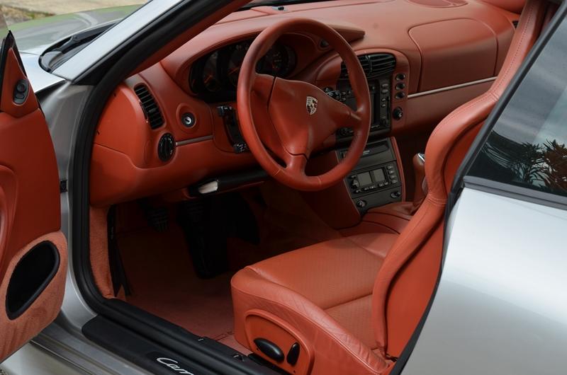 Int rieur porsche 911 type 996 bmw for Porsche 996 interieur
