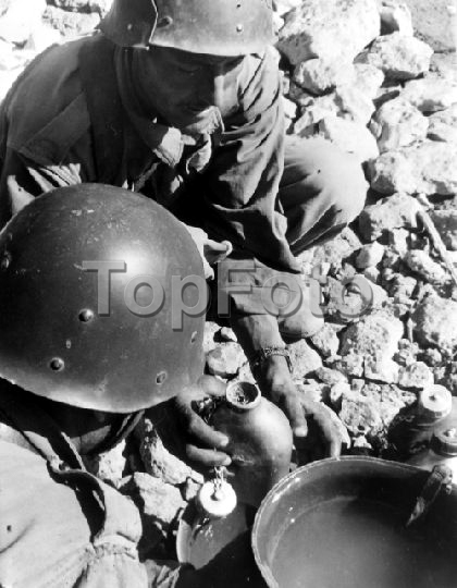 Photos - Guerre des Sables - 1963 - Page 7 150627072146595140