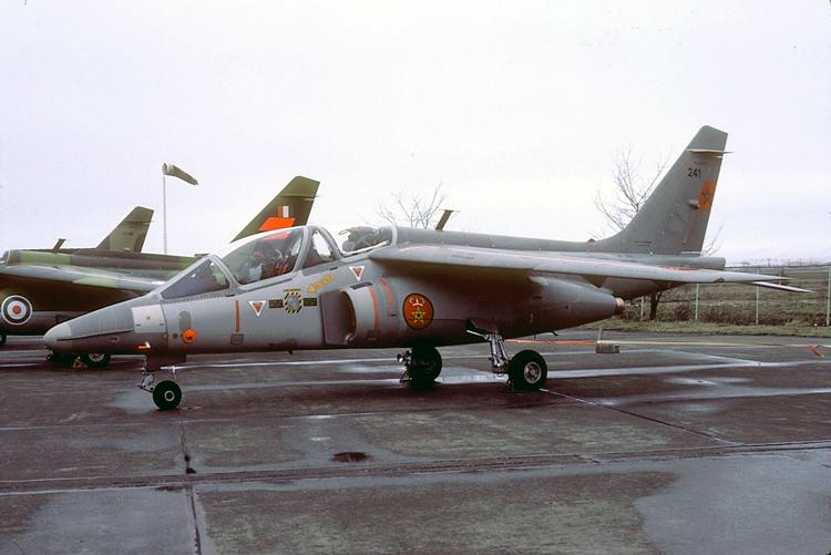 FRA: Photos avions d'entrainement et anti insurrection - Page 8 150703054033647718