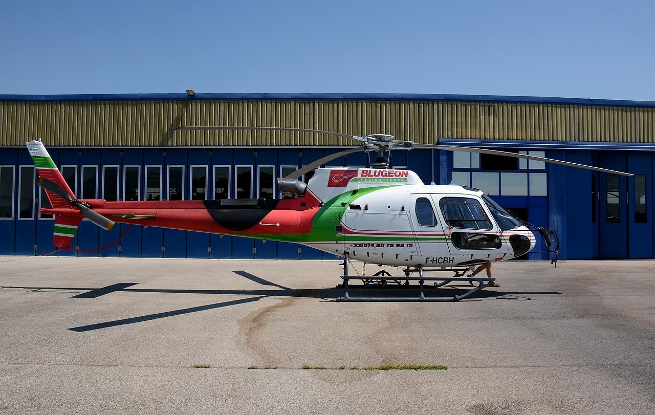 [29/07 - 16/08/2012] : Annemasse, Courchevel, Annecy, Chamonix... : Hélicos et avions dans les Alpes , le retour! 150803095856724471