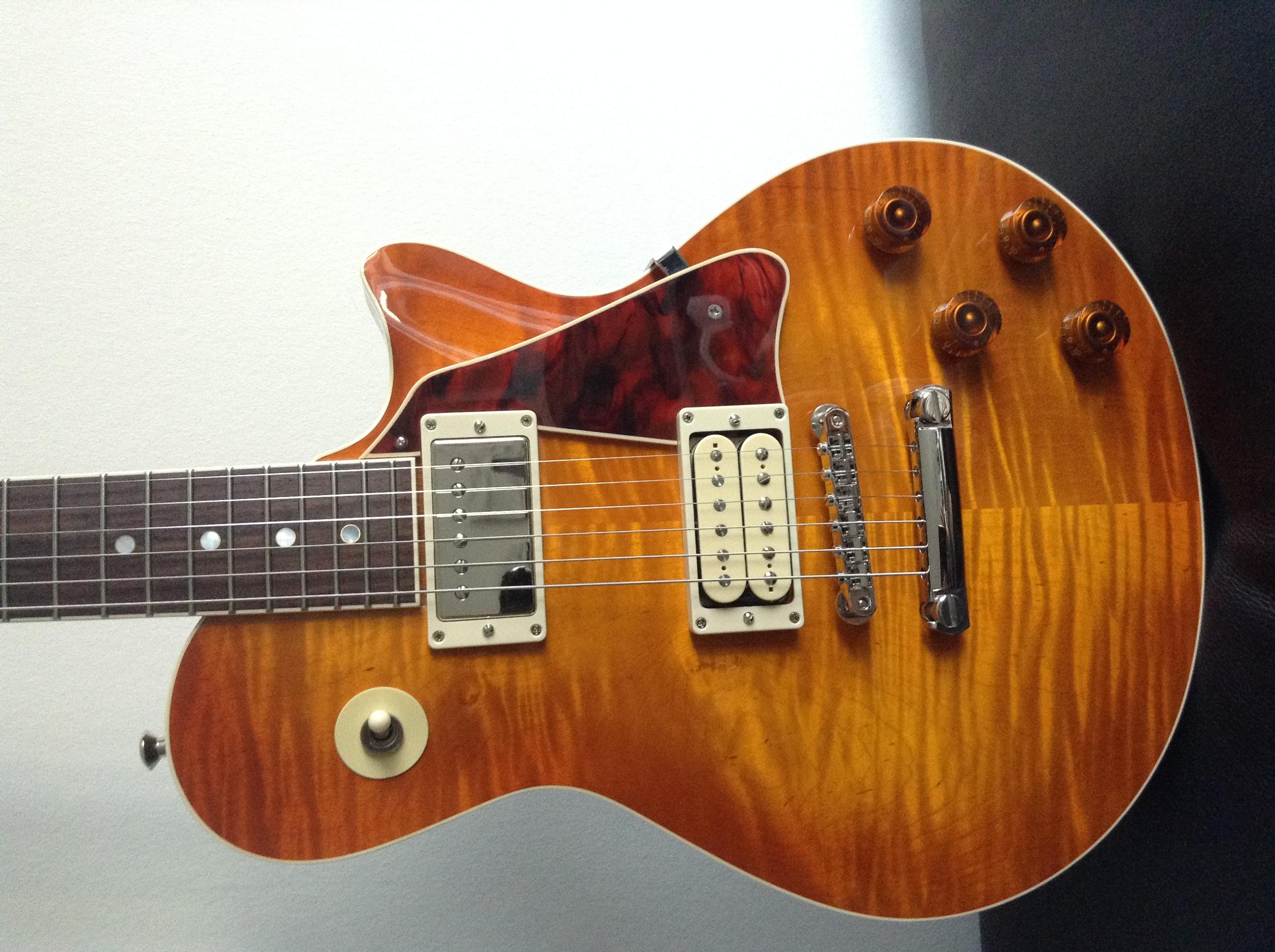 McInturff Carolina Custom - Ou comment avoir un esprit LP sans passer par Gibson 150904084420851314