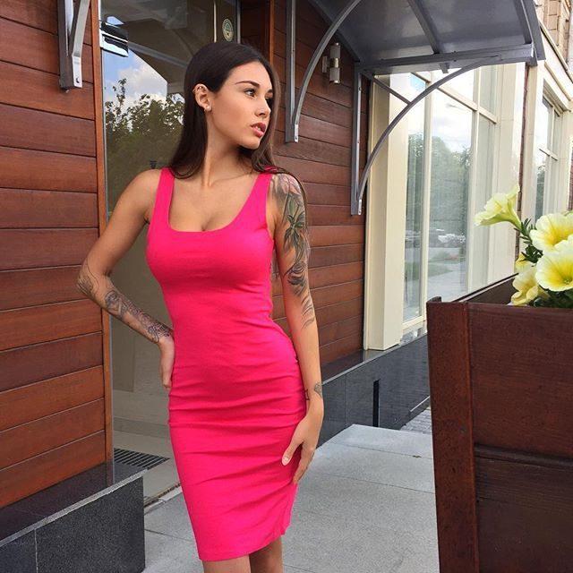 Obcisłe sukienki #37 5