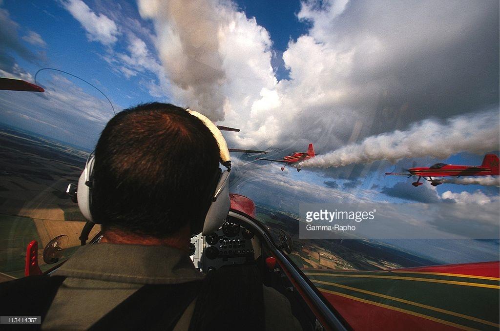 la patrouille acrobatique : la marche verte - Page 8 151005034950923528