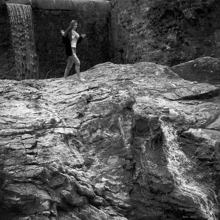 Clara on the rocks 151008101021863378
