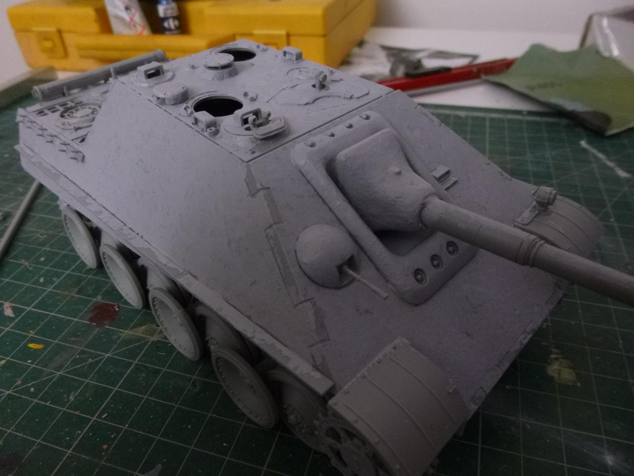 Jagdpanther fin de guerre 1945 - Dragon 1/35  151116083710683143
