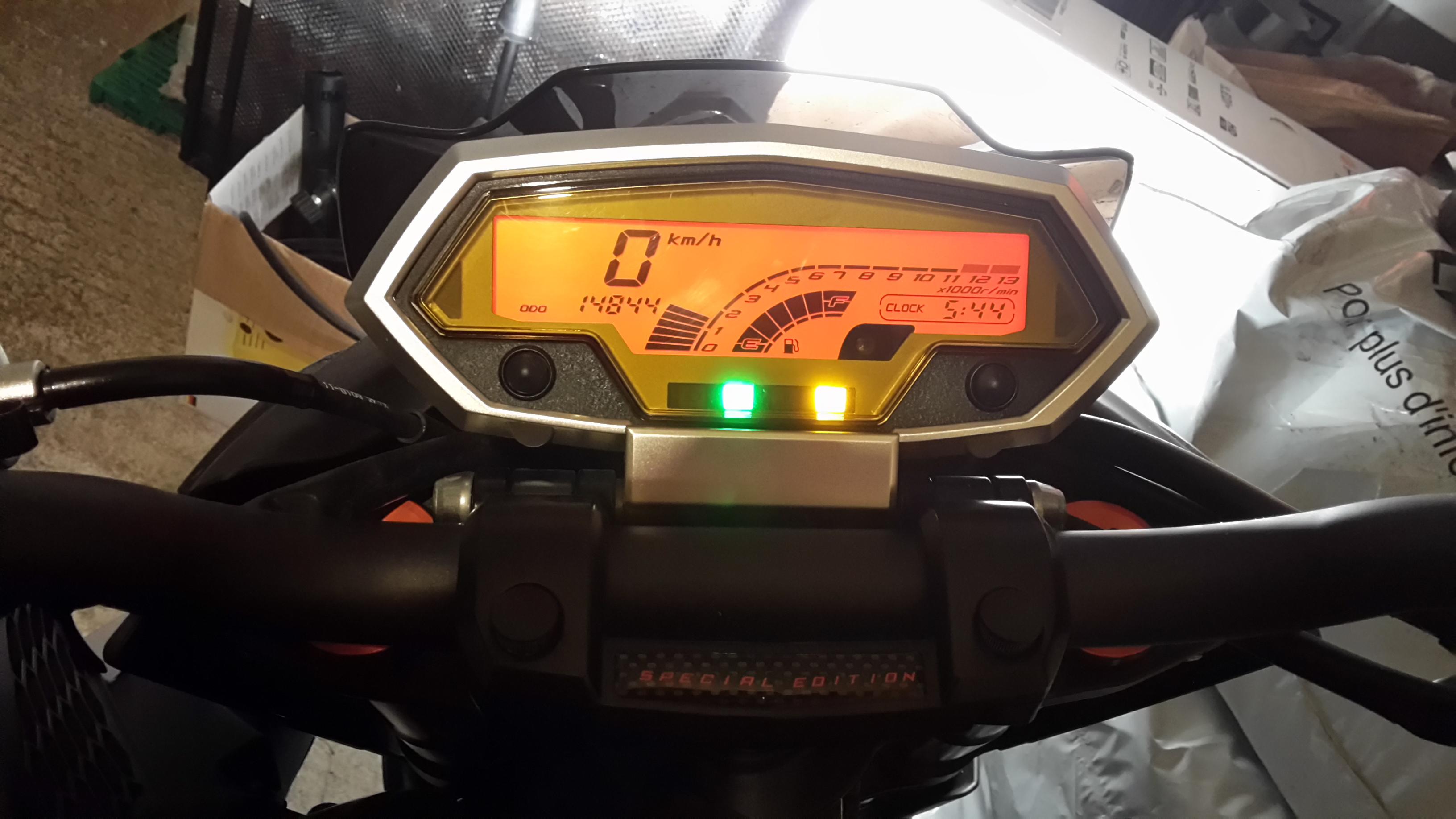 [VENDU] Z1000 ABS 2013 edition speciale 151126052722252944
