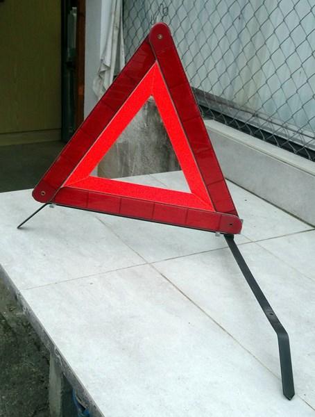 lampe torche et triangle de présignalisation  151204060748166962