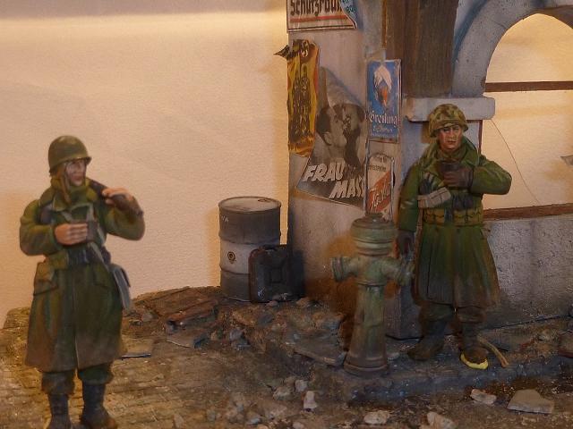 Entrée des GI en Allemagne 1945 - Page 4 151217091100851786