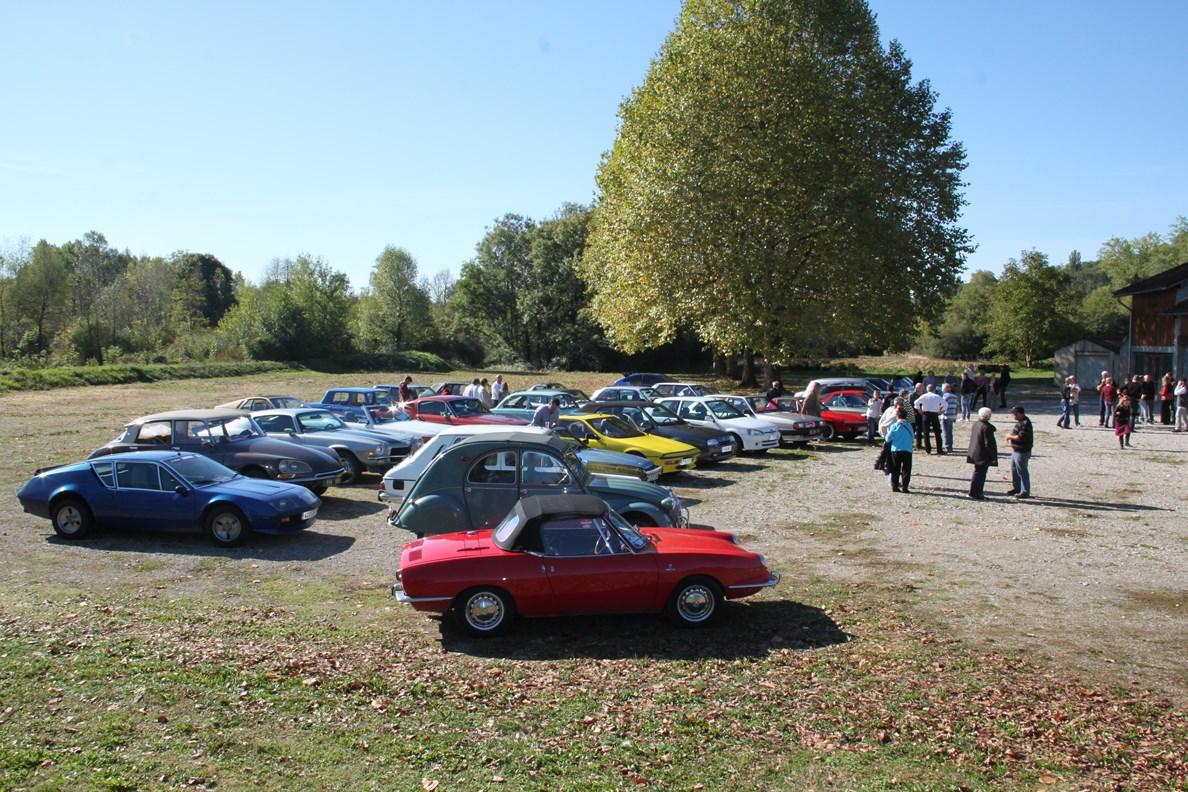 ed122643424b77 Le club de voiture « Pipe et manivelle SANCLAUDIENNES » a rejoint notre  modeste petit club avec pas moins de 25 voitures (ils sont presque 50 ...