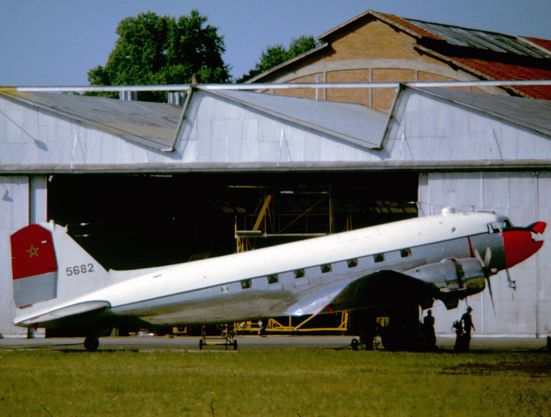 FRA: Photos anciens avions des FRA - Page 7 151220044012477768