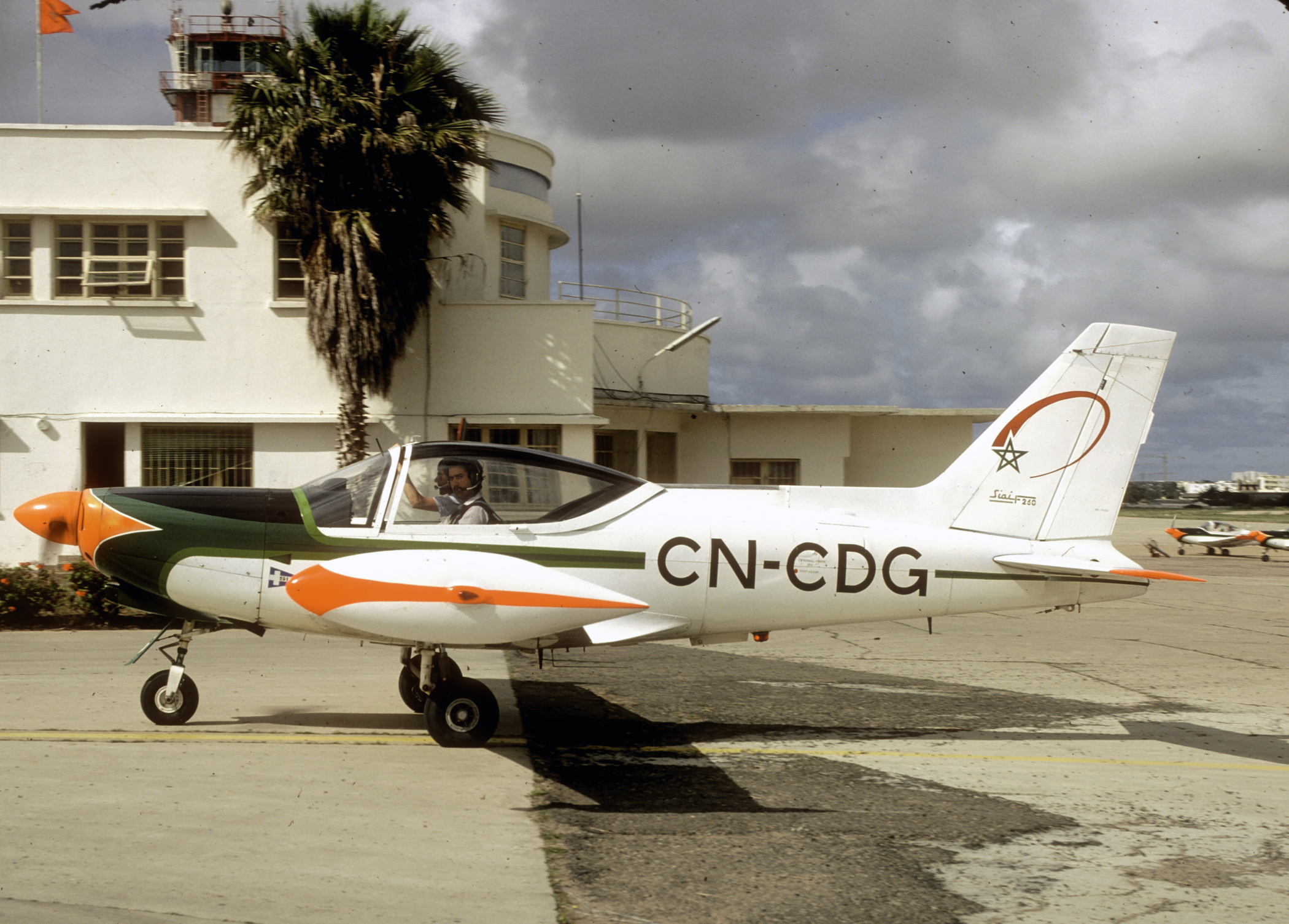 Anciens avions de la RAM 151222042554558103