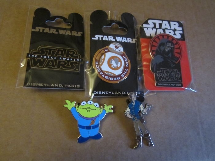 Le Pin Trading à Disneyland Paris 151224054448249740