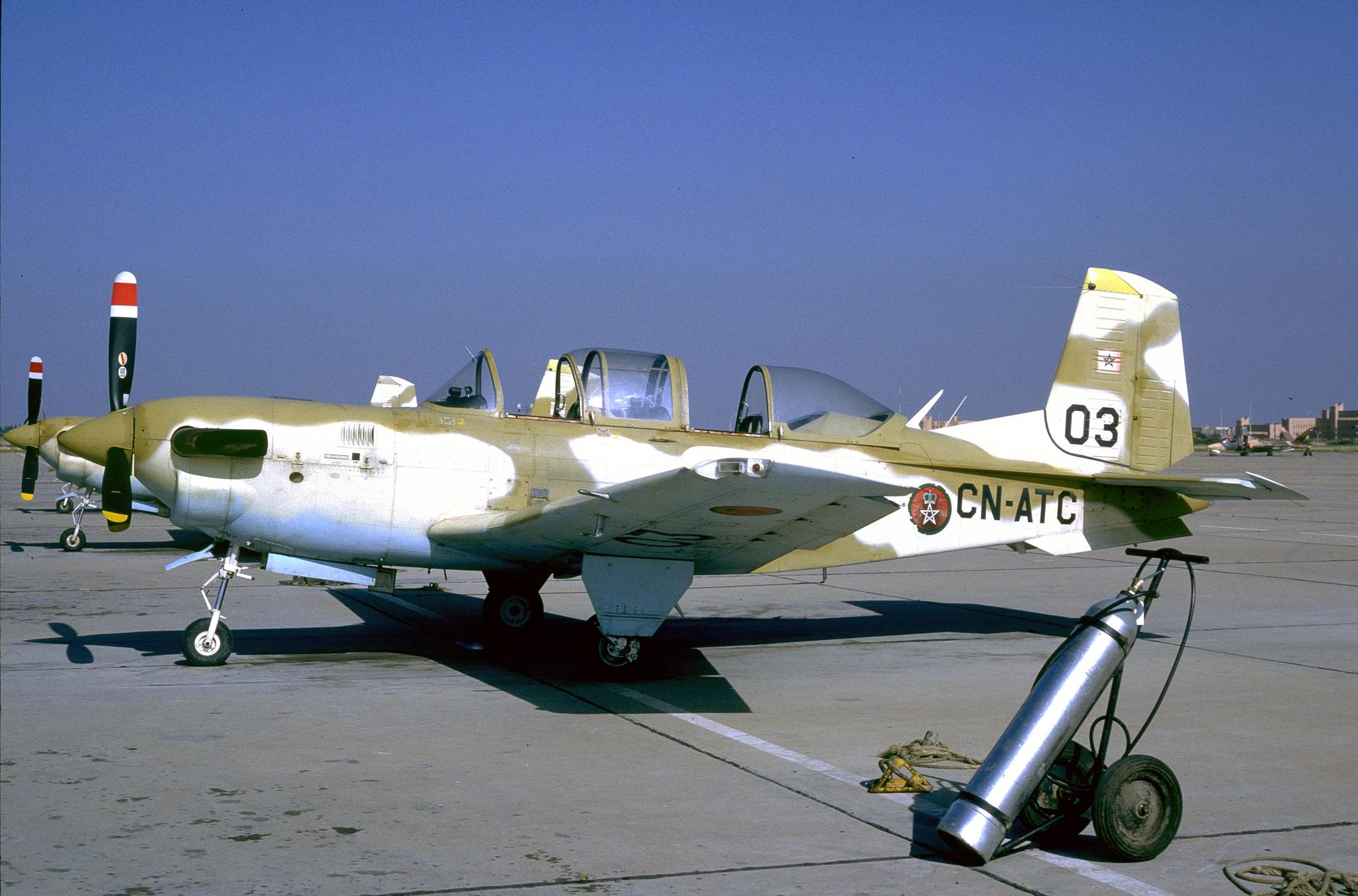 FRA: Photos anciens avions des FRA - Page 7 151226025349462085