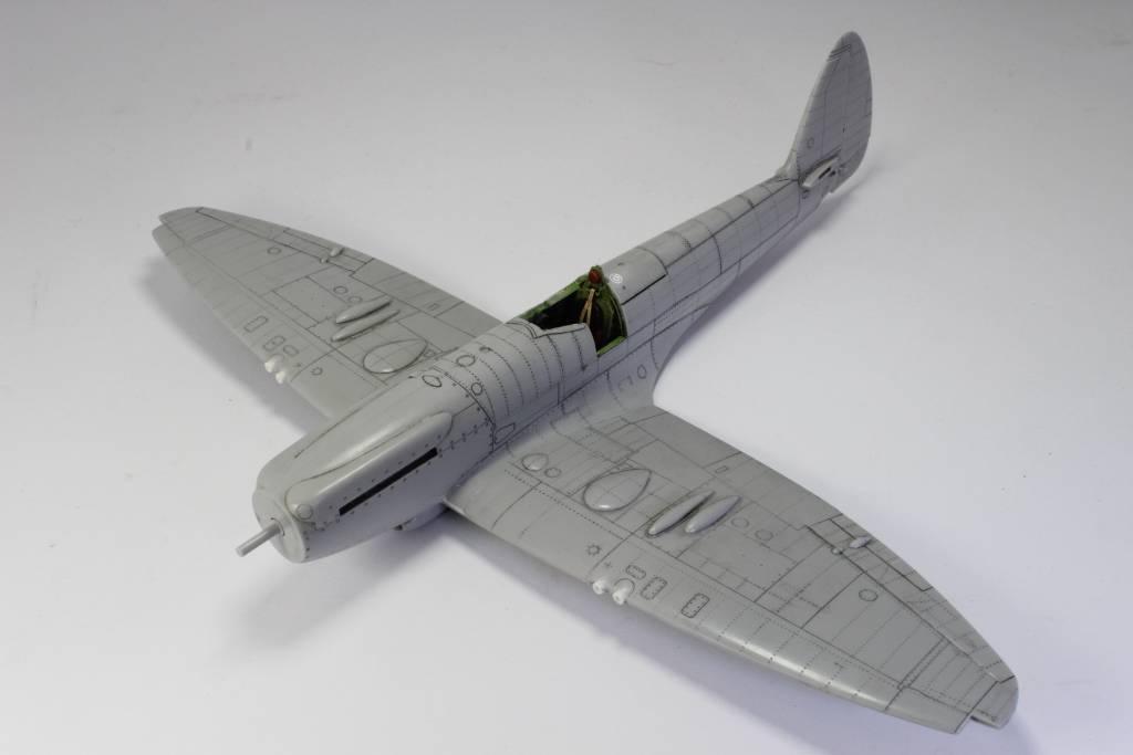 Spitfire F MK 22 , Eduard 1/48 .Limited édition ! 151229052056613055