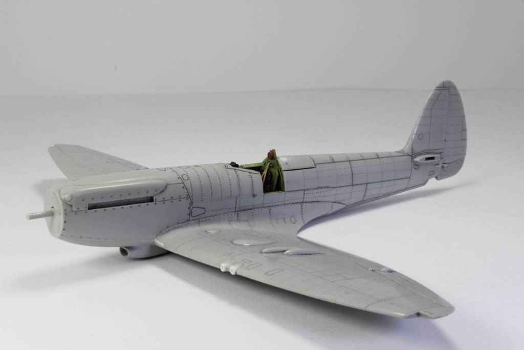 Spitfire F MK 22 , Eduard 1/48 .Limited édition ! 151229052350134564