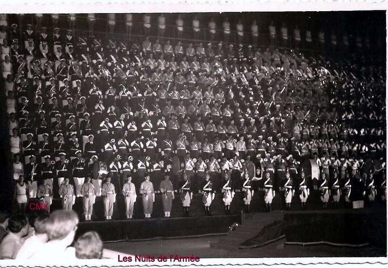 Création  des Premières acrobaties Motos en 1952 15123104591678195