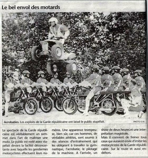 Création  des Premières acrobaties Motos en 1952 16010708481064287