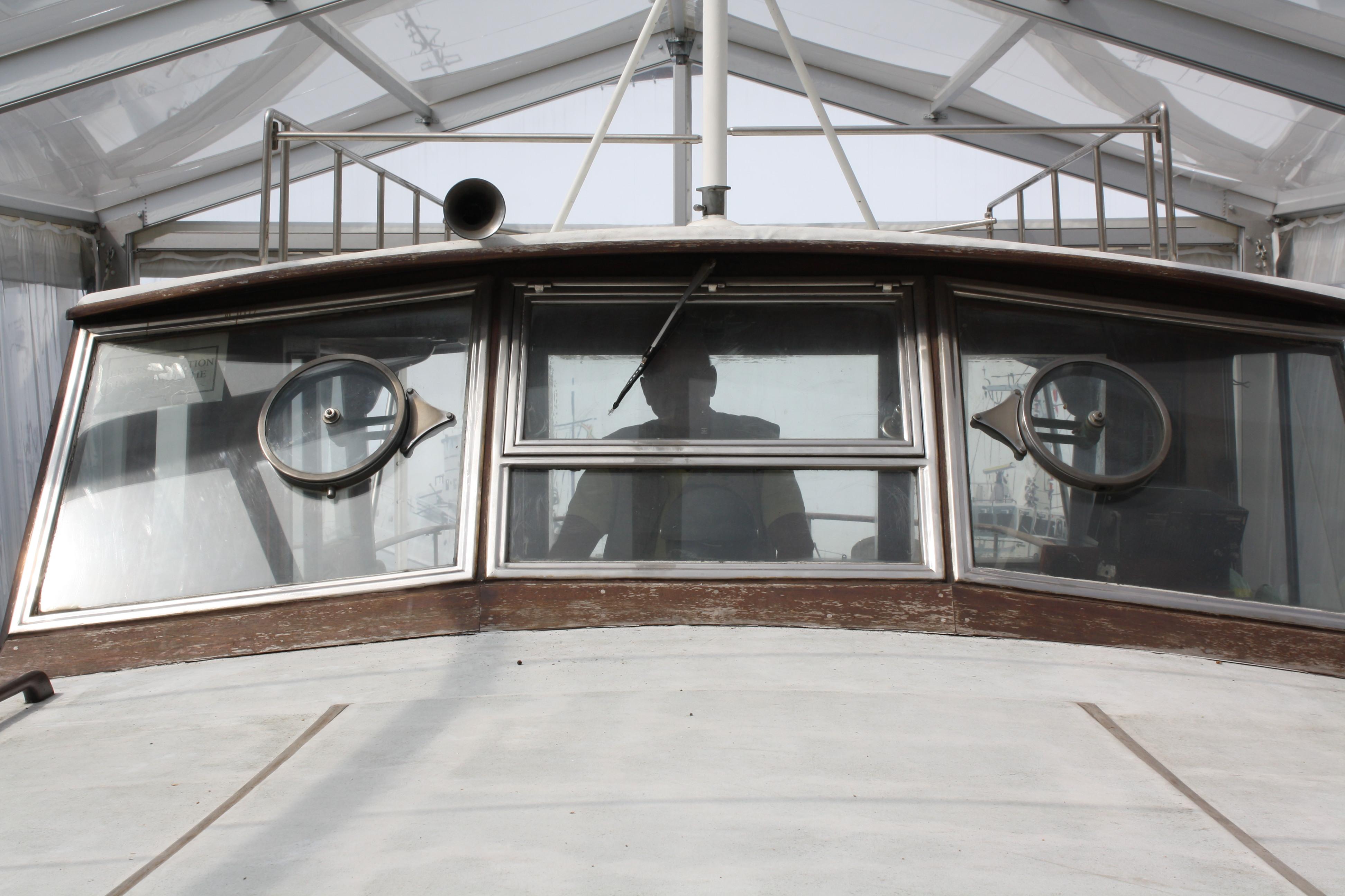Le Yacht Royal ALPA est à vendre! - Page 5 160109060000299719
