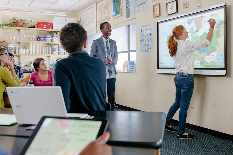 L'écran interactif en salle de classe