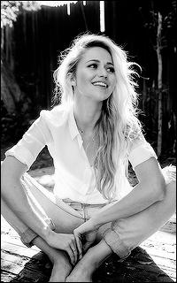 Caitlin Pierce