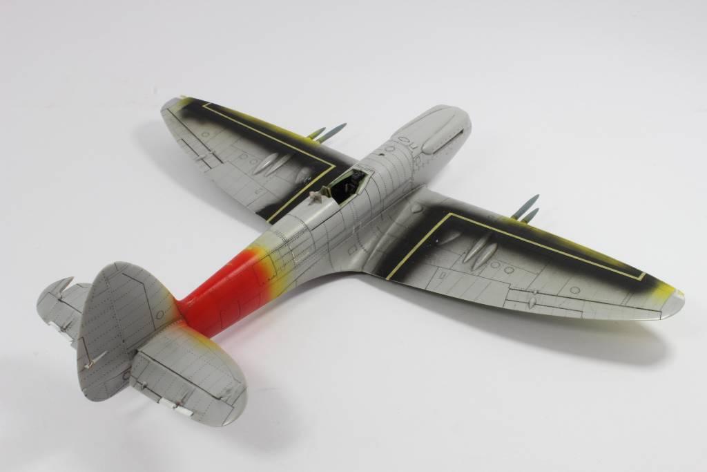 Spitfire F MK 22 , Eduard 1/48 .Limited édition ! 160124121633196797