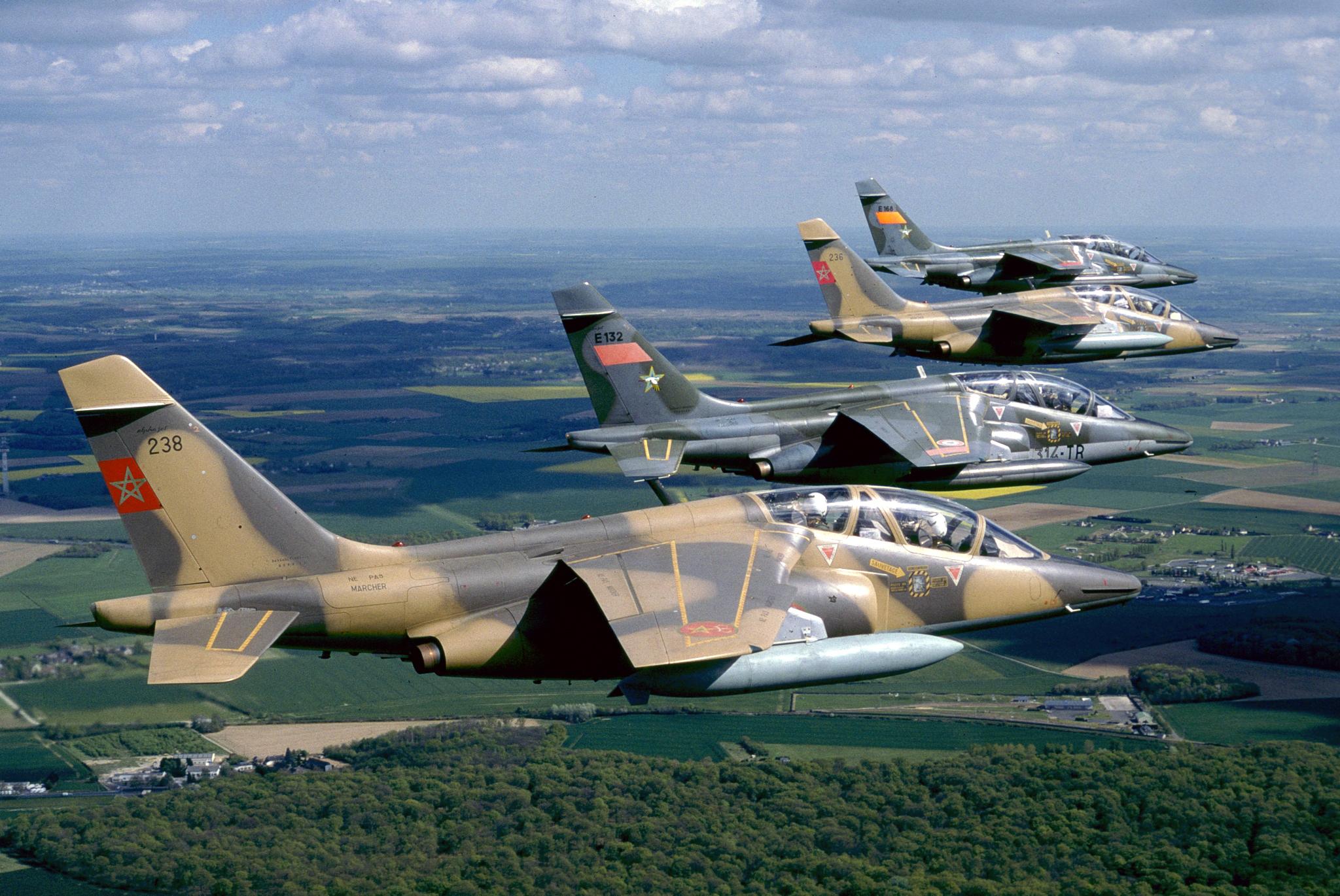 FRA: Photos avions d'entrainement et anti insurrection - Page 8 160130040206272095
