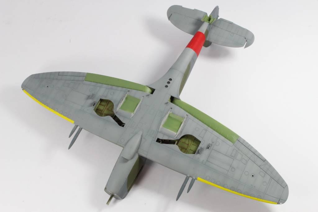 Spitfire F MK 22 , Eduard 1/48 .Limited édition ! 160131082905999701