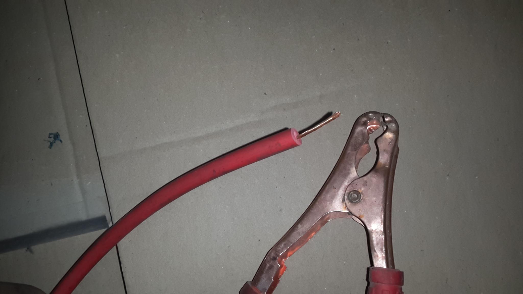 cable de démarrage moto DYD a 7,5€  ... 160206083247814494