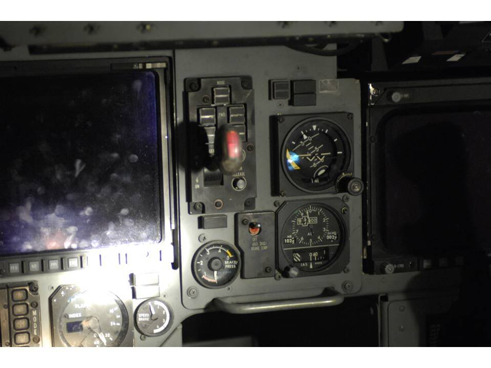 Contacts nacelles moteur et fuselage avec le sol - Page 3 16020609010821902