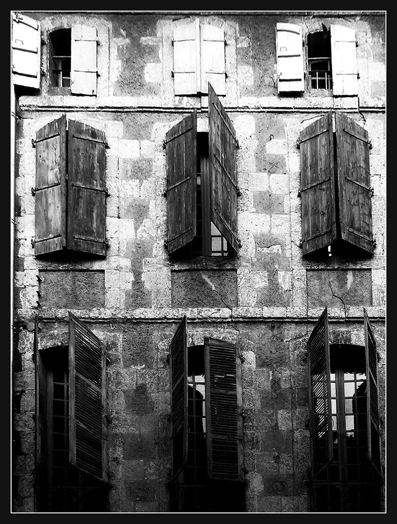 [Fil ouvert ] Fenêtres, volets, ouvertures... 16021410230893562