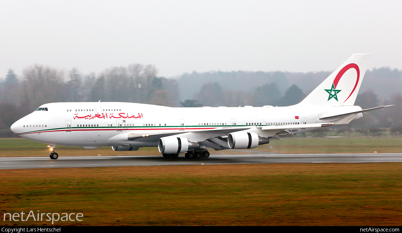 Air Force One marocain - Page 4 160219040408320395
