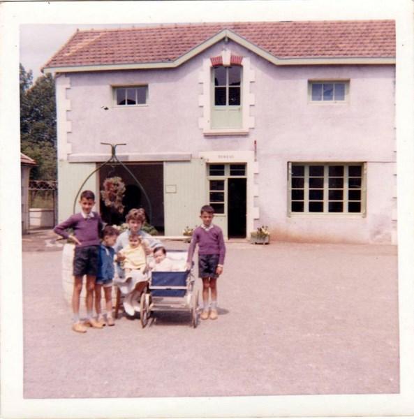 mon enfance ,en brigade à Lezay(79)en 1956 160225063449314028