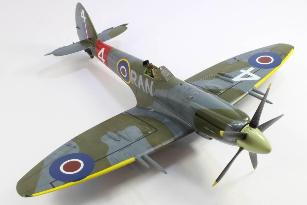Spitfire F MK 22 , Eduard 1/48 .Limited édition ! 160227090656525329