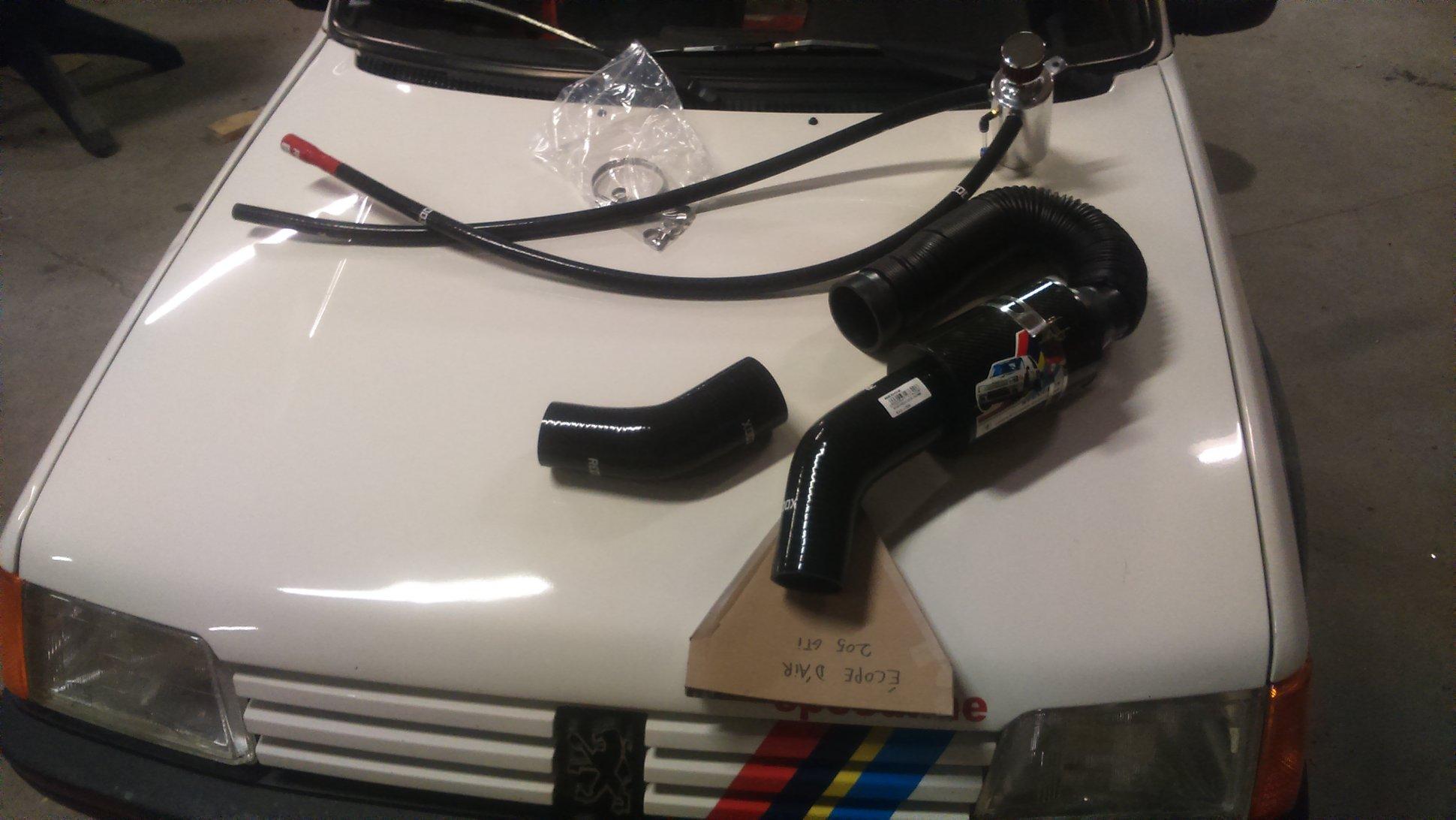 Montage d'un récupérateur d'huile sur 205 GTI 160301080250284262