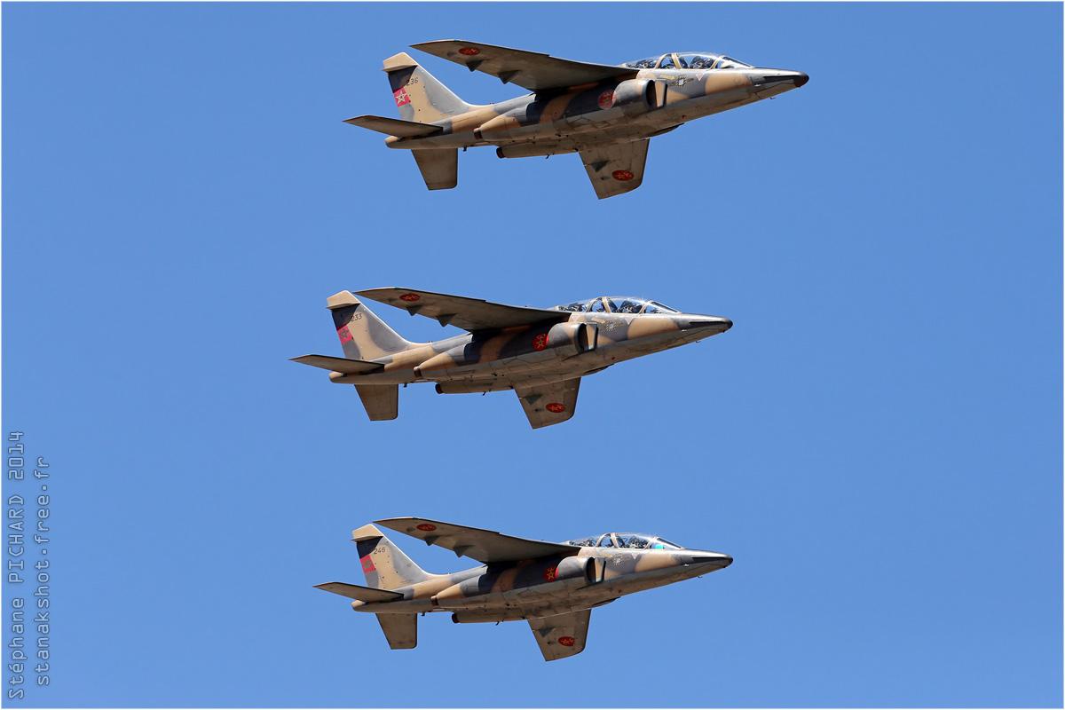 FRA: Photos avions d'entrainement et anti insurrection - Page 7 160320050152647492