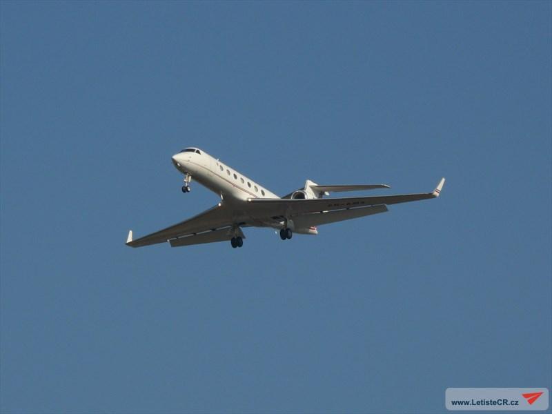 FRA: Avions VIP, Liaison & ECM - Page 12 160323072157485807