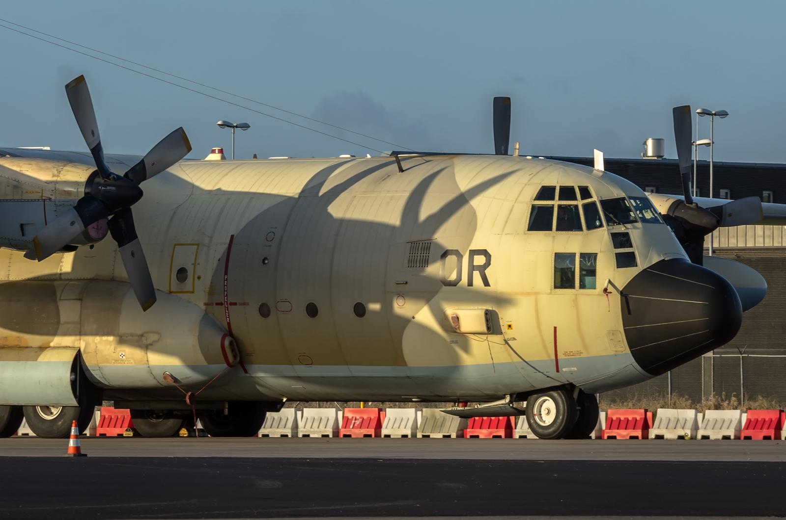 FRA: Photos d'avions de transport - Page 27 16032603230670369