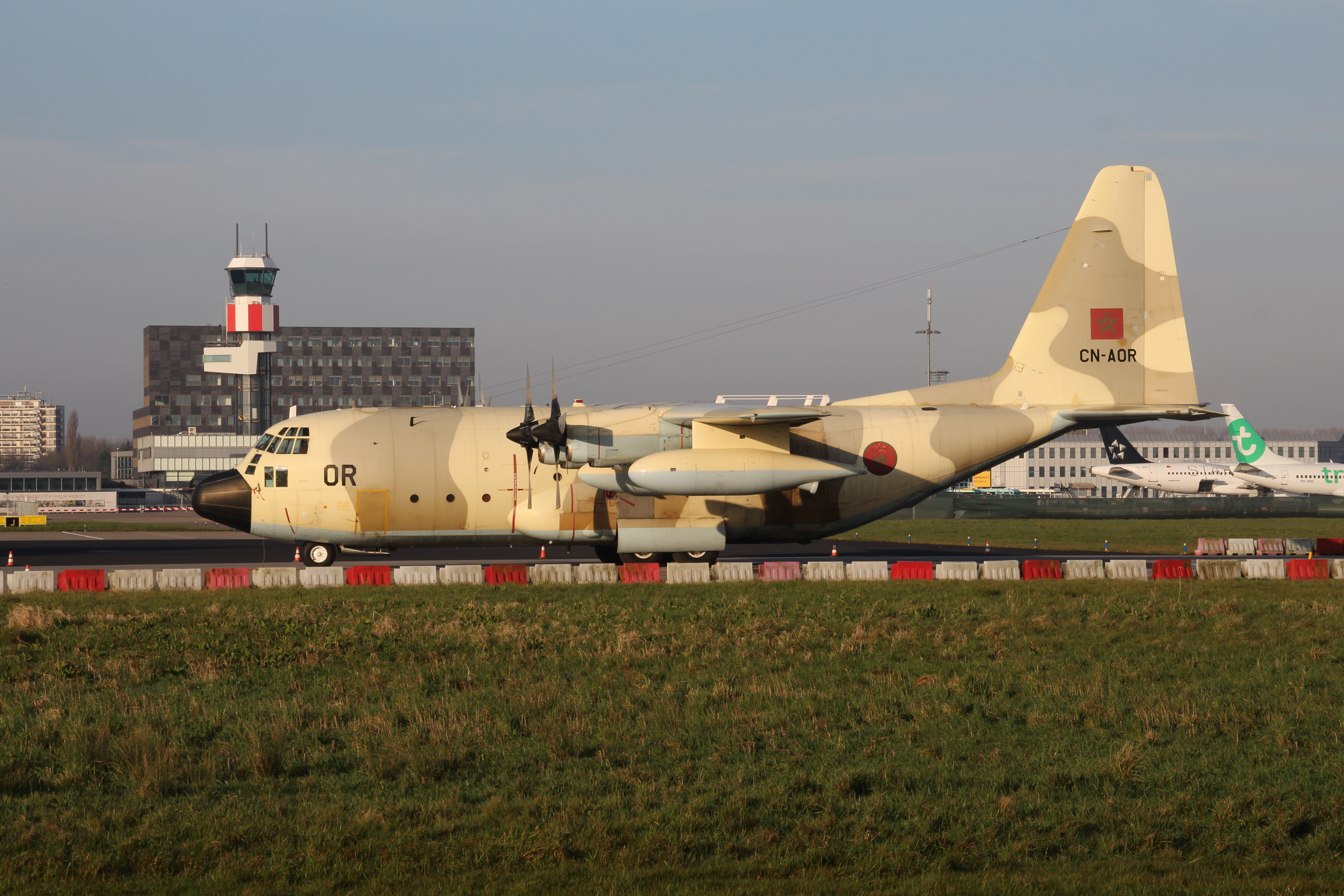 FRA: Photos d'avions de transport - Page 27 160326032319463796