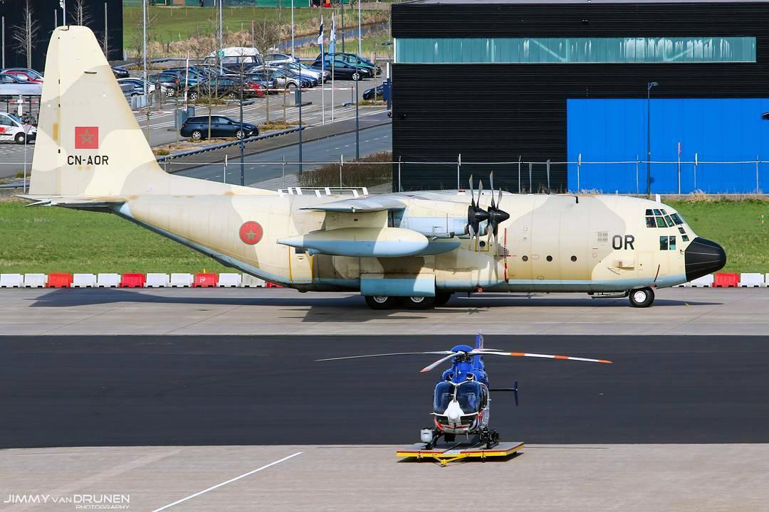 FRA: Photos d'avions de transport - Page 27 16032804505966547