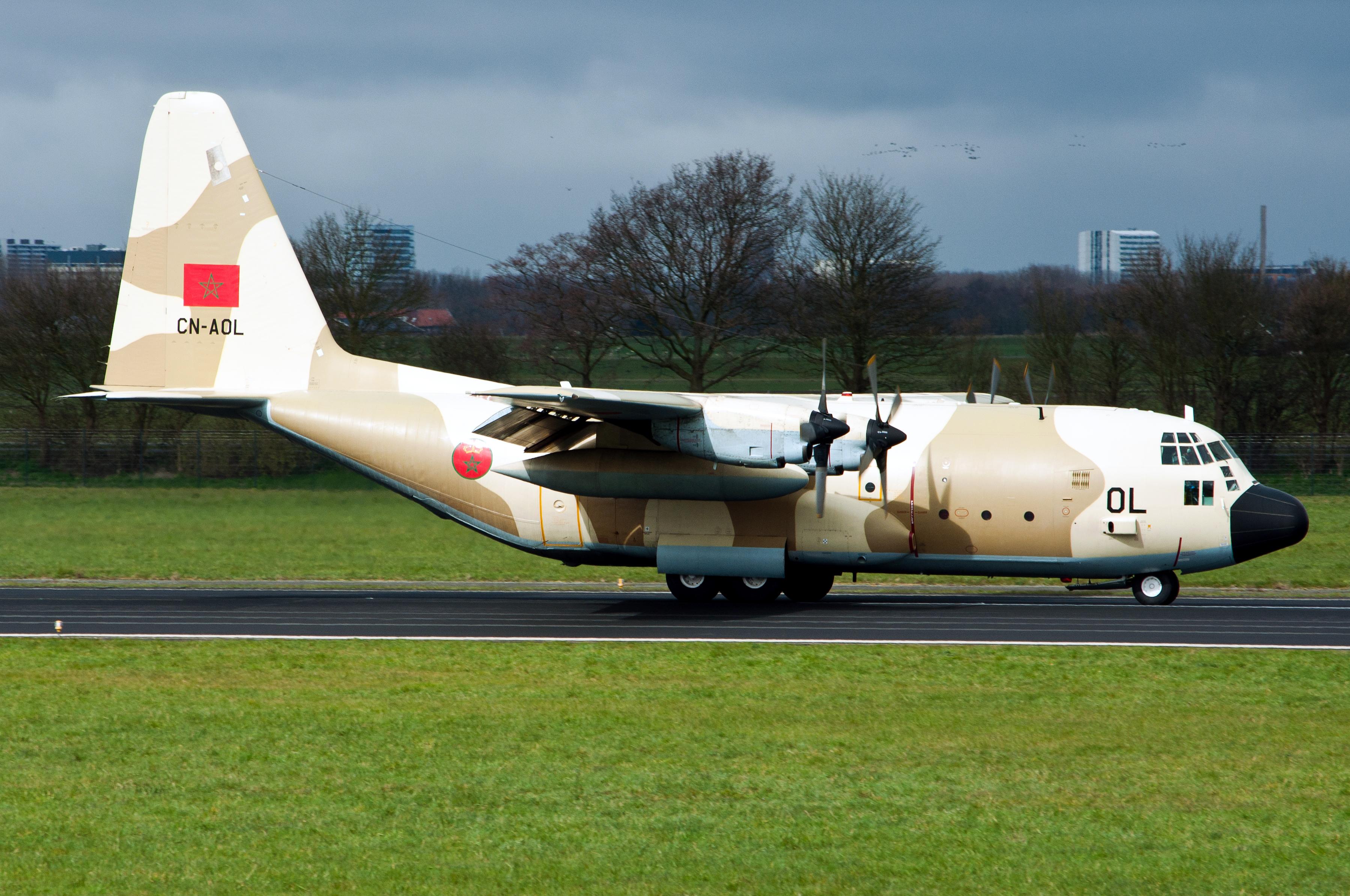 FRA: Photos d'avions de transport - Page 27 16032804510831866