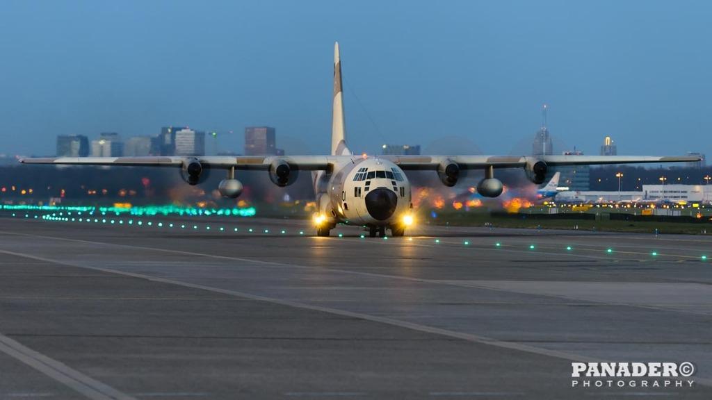 FRA: Photos d'avions de transport - Page 27 160329013805830914