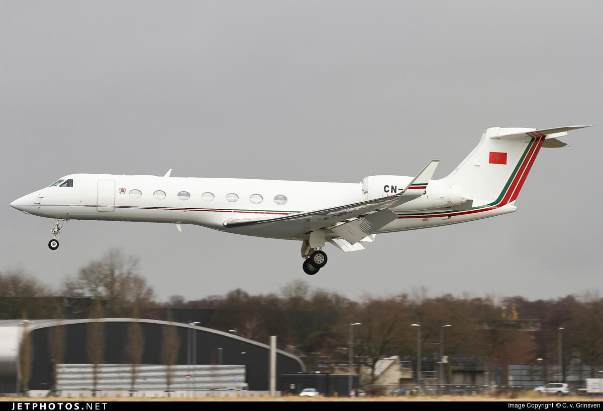 FRA: Avions VIP, Liaison & ECM - Page 13 160408085958402745