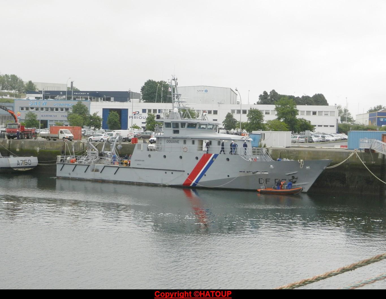 [Vie des ports] LE PORT DE CONCARNEAU - Volume 006 - Page 2 160606070644413837