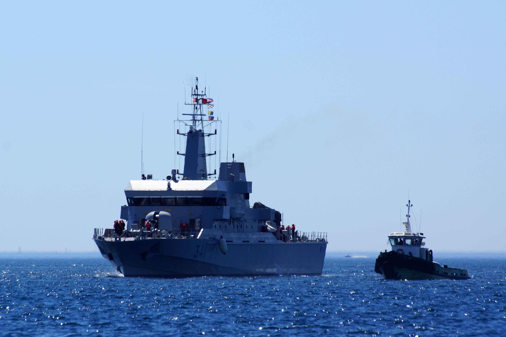 Royal Moroccan Navy OPV-70 / Classe Bir Anzarane - Page 5 160726073303835710