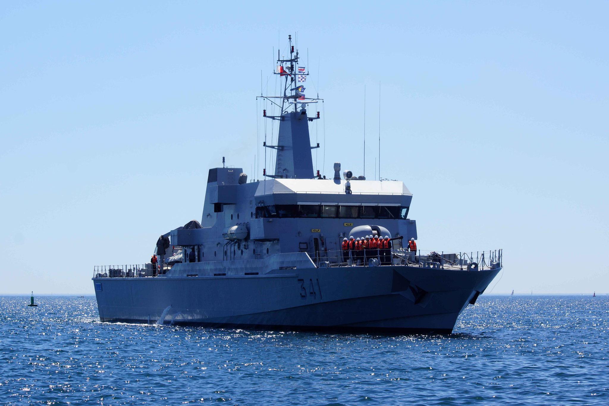 Royal Moroccan Navy OPV-70 / Classe Bir Anzarane - Page 5 16072607330418197