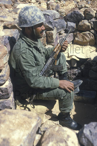 Le conflit armé du sahara marocain - Page 9 160818074347147164