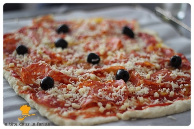"""Pizza """"Salame piquante"""""""