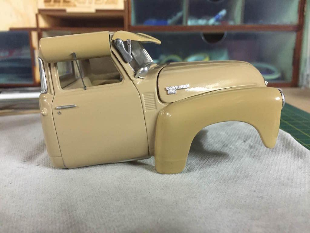 #20 : Pickup Chevrolet 3100 : Denis Speed Shop (terminé) - Page 3 160922091754675268