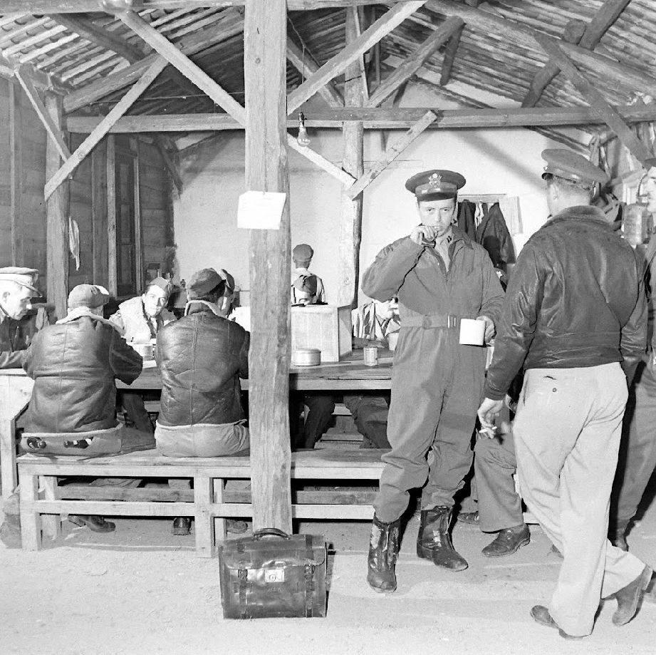 Général Clayton Bissell et 10th Air Force - Birmanie - 1943 160925014318770939