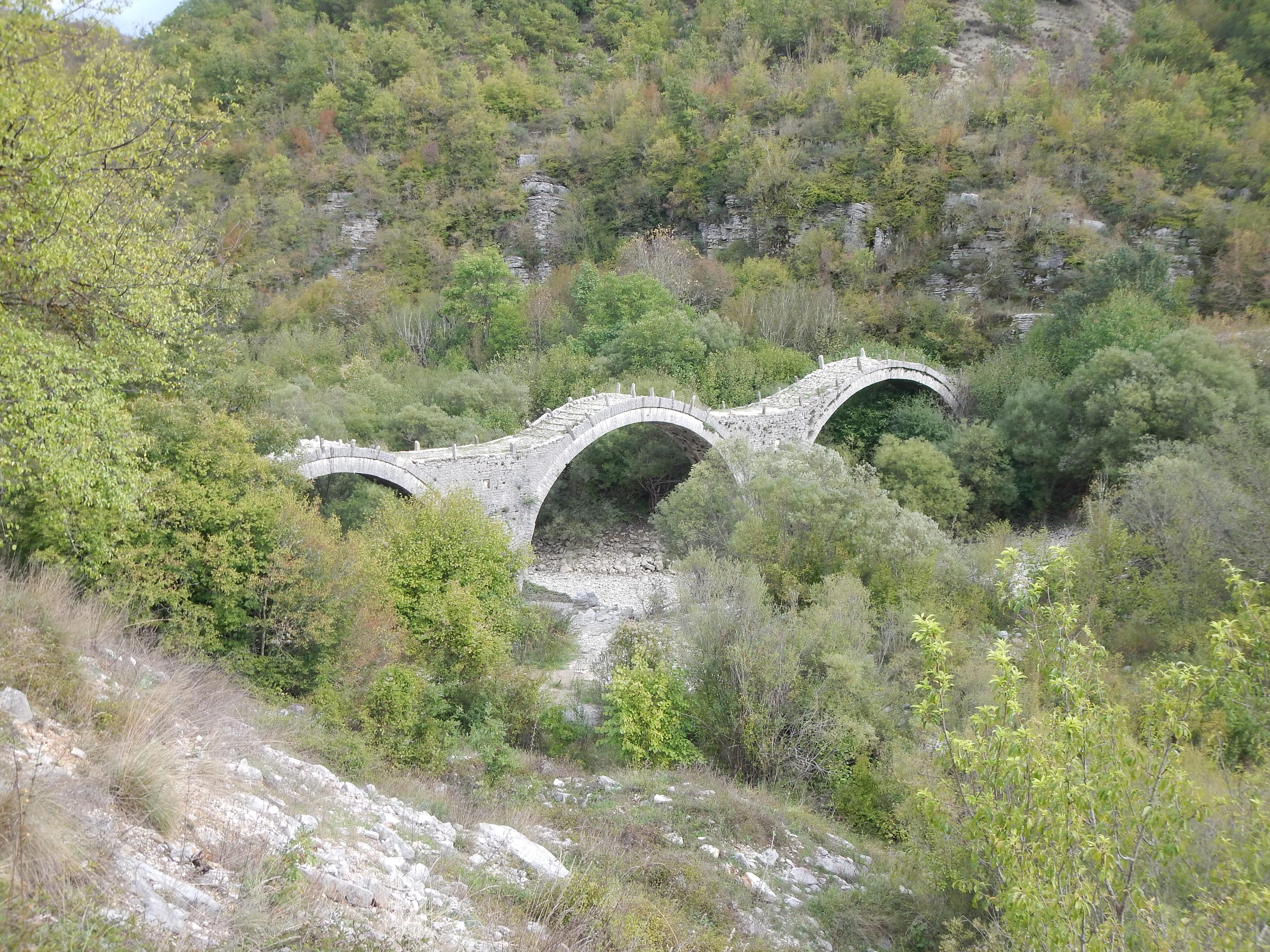 Grèce - Destination Météores par trail rando 161003101732402227